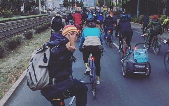 Bündnis Verkehrswende Leipzig startet mit 1. gemeinsamer Fahrraddemo